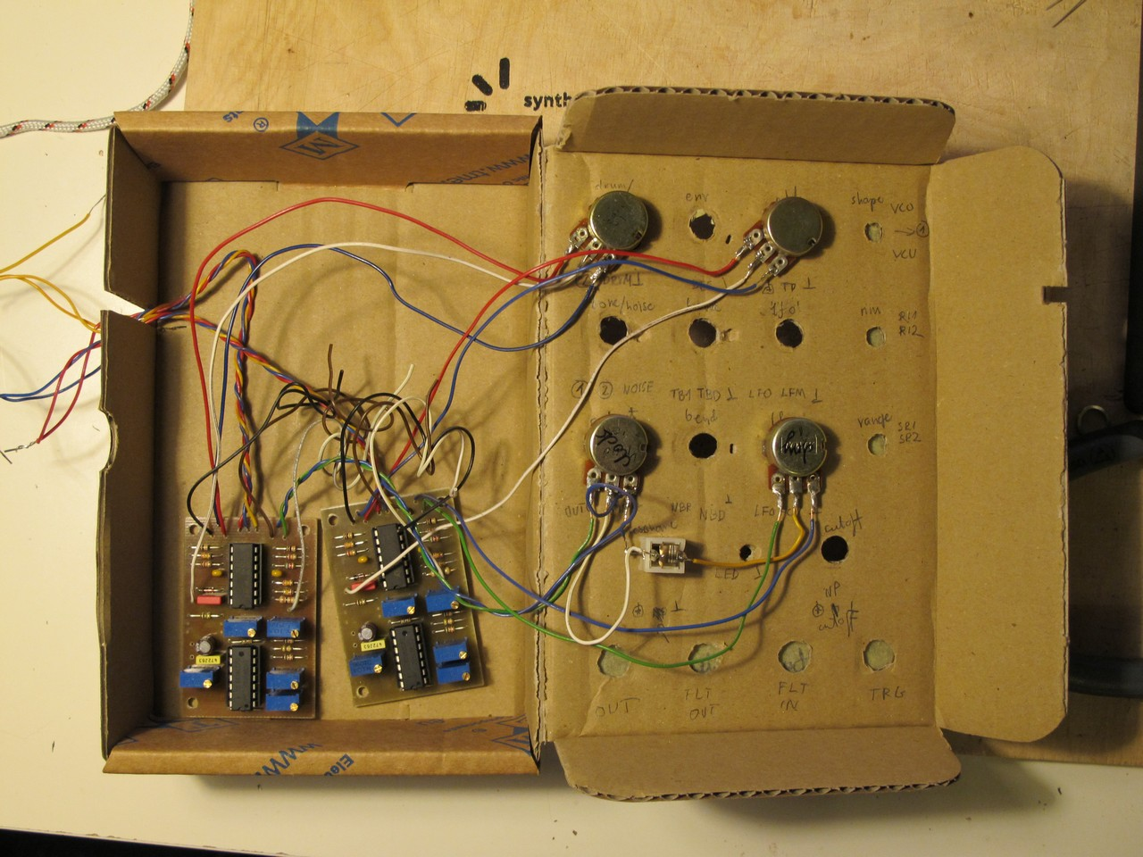 binaural-beat-generator-prototype-syntherjack