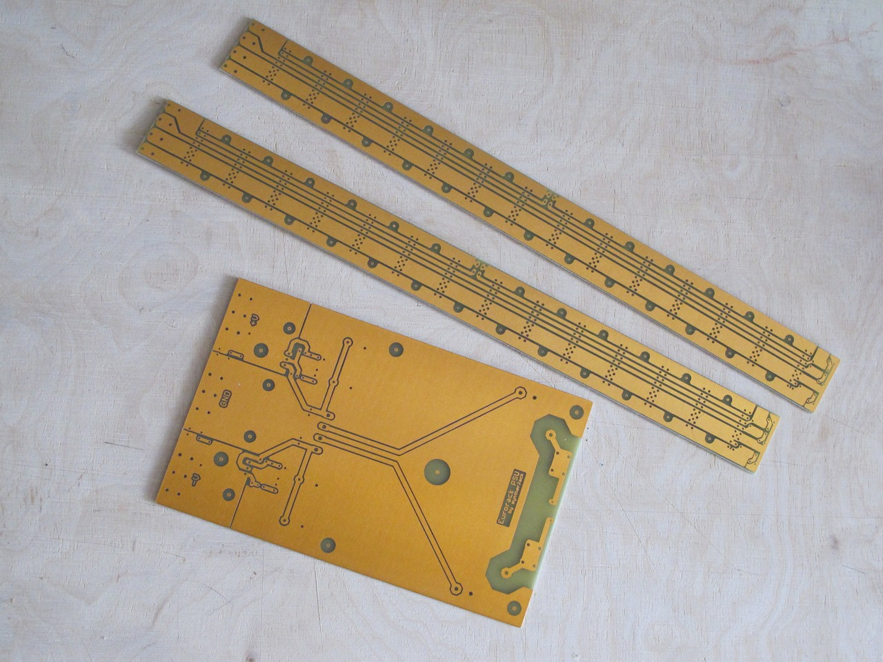 Modular PSU and busboards PCBs