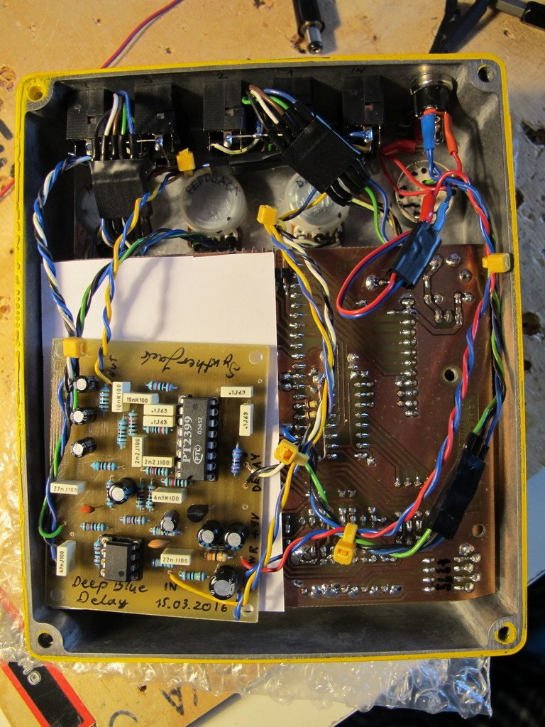 Manutronix Nes Style Dub Siren Syntherjack Electronic Schematic Inside Shot