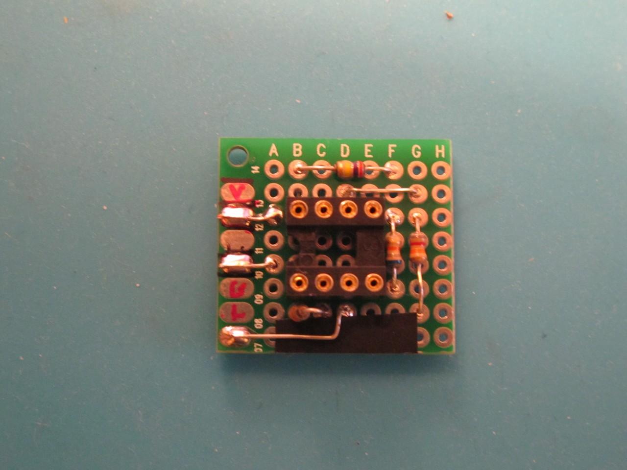 LFO scaling/biasing circuit made on protoboard