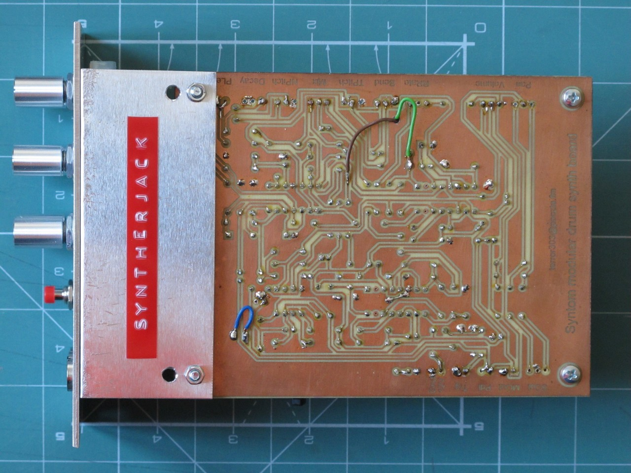 Synton II solder side