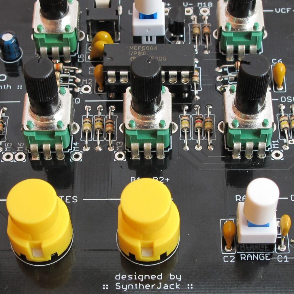 Totoro - 1-IC simple synth - SyntherJack