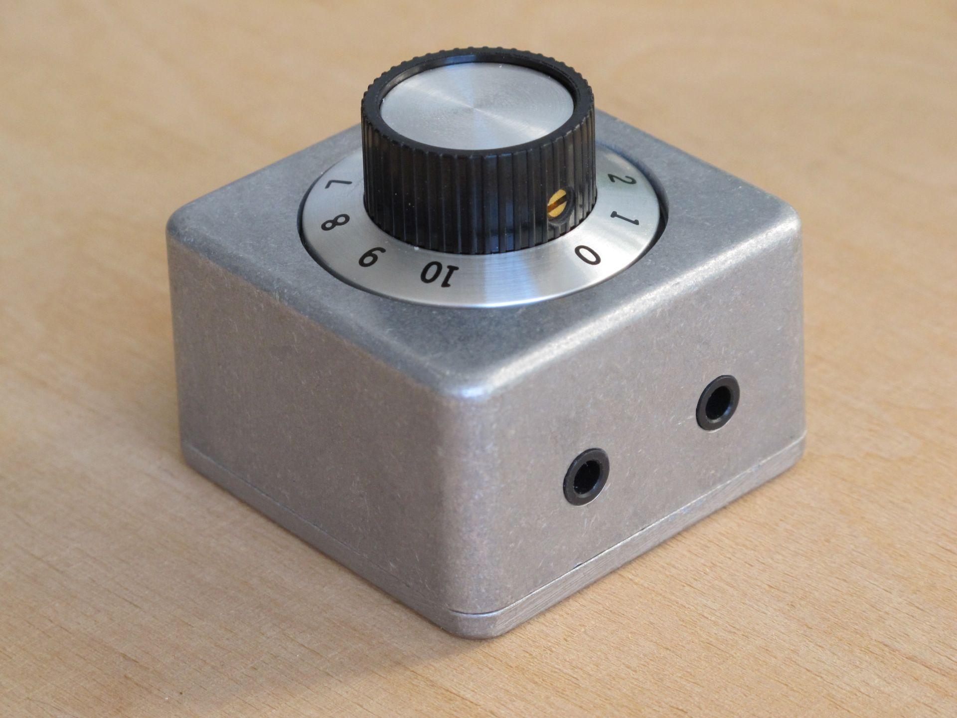 DIY passive volume control